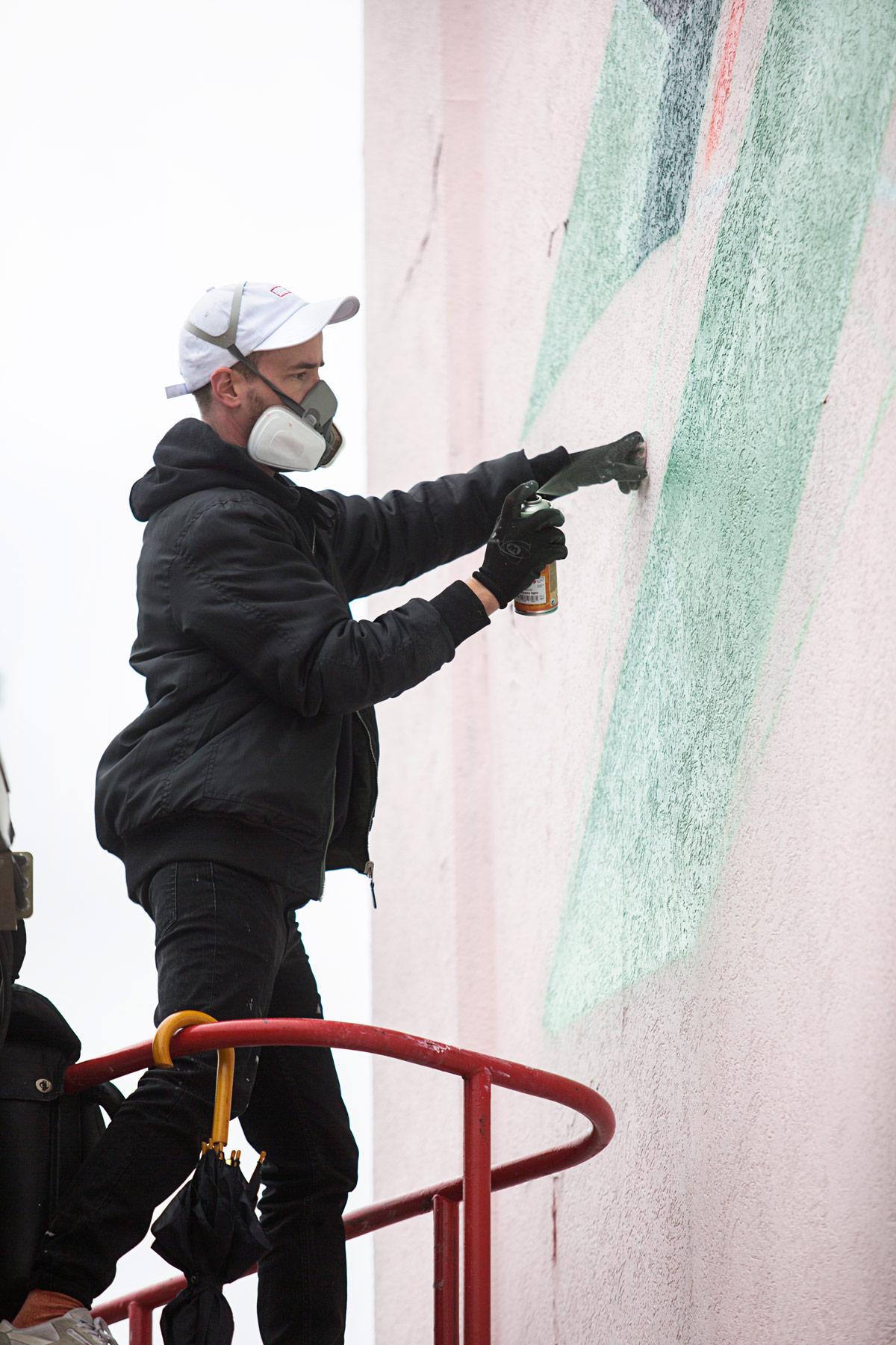 low-bros-mural-hamburg-walls-can-dance-4