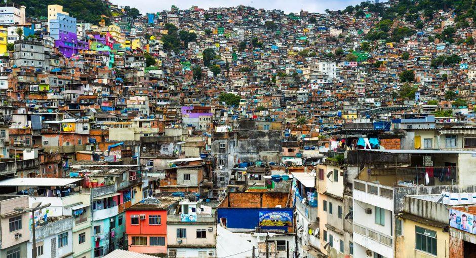 rio-favela-10k