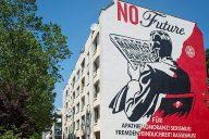 Shepard-Fairey-Mural-berlin