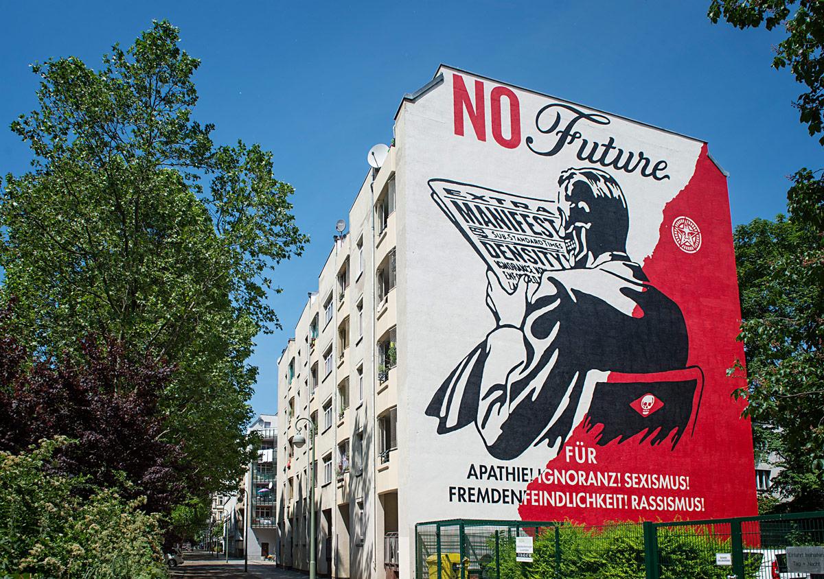 Shepard-Fairey-Mural-berlin-2