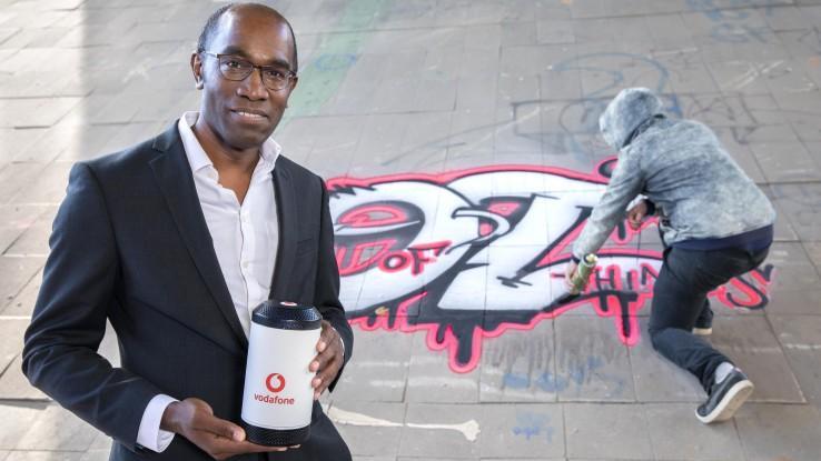 neuer anti graffiti sensor erkennt den geruch von lack in der luft und schl gt alarm. Black Bedroom Furniture Sets. Home Design Ideas